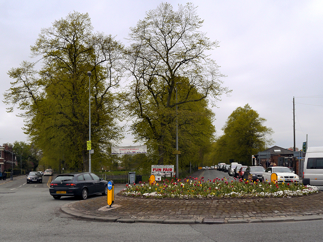 Traffic Island, Canute Place