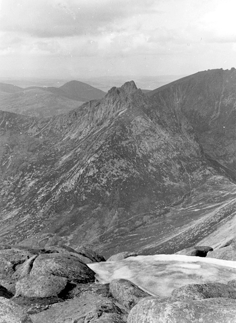 Cir Mh&ograve;r seen from Goatfell