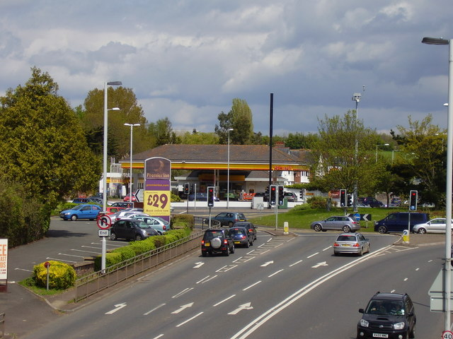 Shell garage, Countess Wear Roundabout