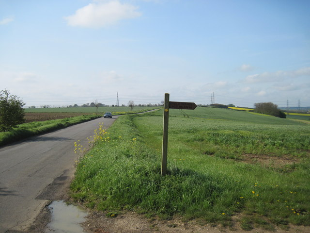 Start  of  Footpath  from  Top  Lane  to  West  Halton