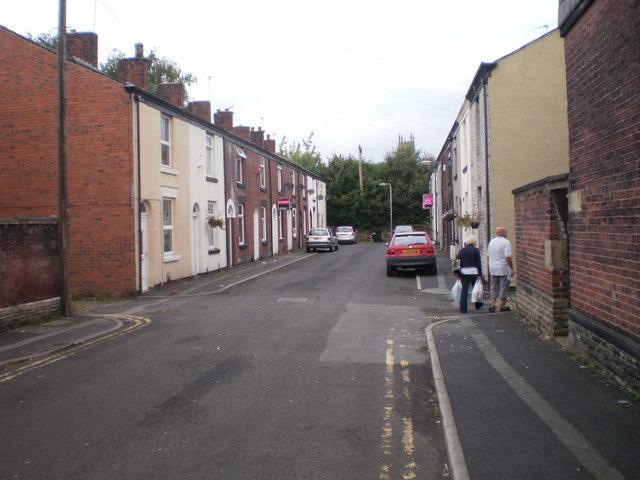 Bank Street, Radcliffe