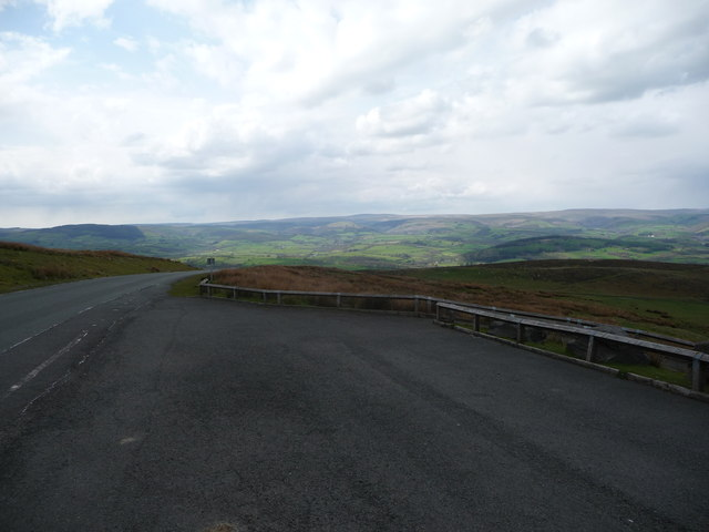 Part of the viewpoint car park above Cwm Graig-ddu