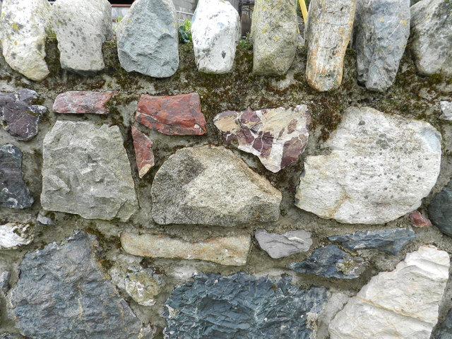 Detail of a wall at Carreg
