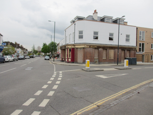Shacklegate Lane junction with Waldegrave Road