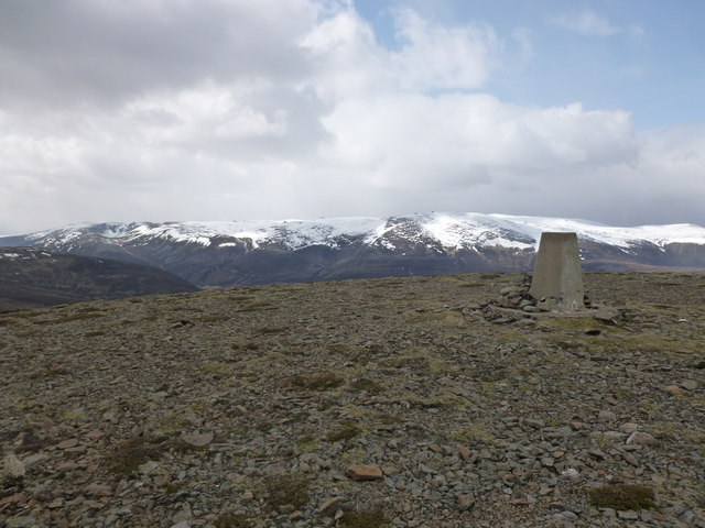 Culardoch summit - view towards Ben Avon
