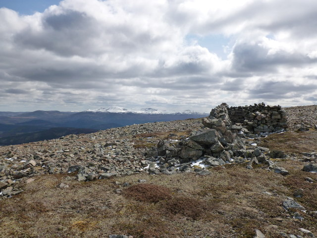 Shelter on Carn Liath