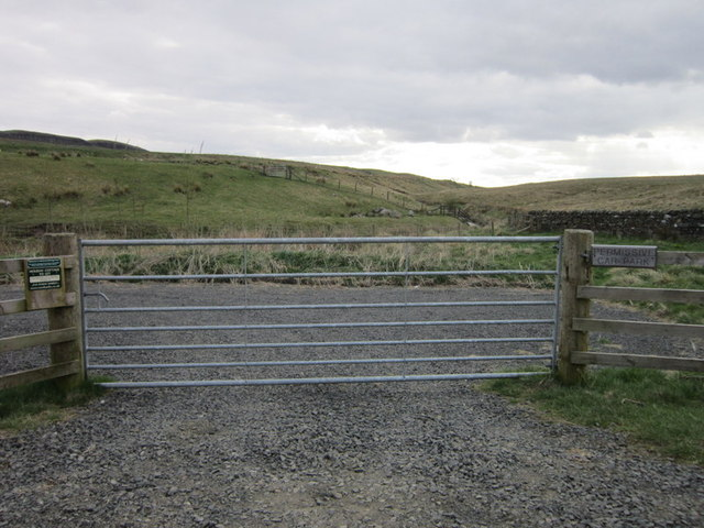 The permissive car park near Gibbs Hill Farm