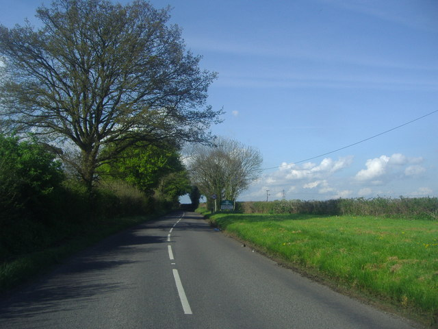 Entering Sarratt on Sarratt Road