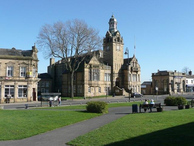Cleckheaton United Kingdom  city photos gallery : Cleckheaton Town Hall C Humphrey Bolton :: Geograph Britain and ...