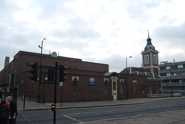 City of London School and Church of St Benet