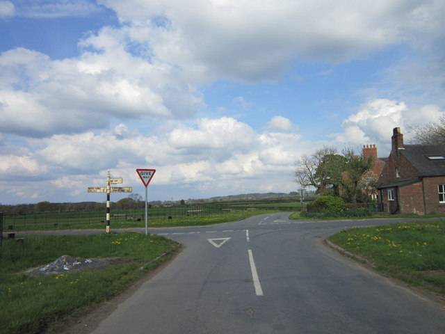 The crossroads at Allenwood House