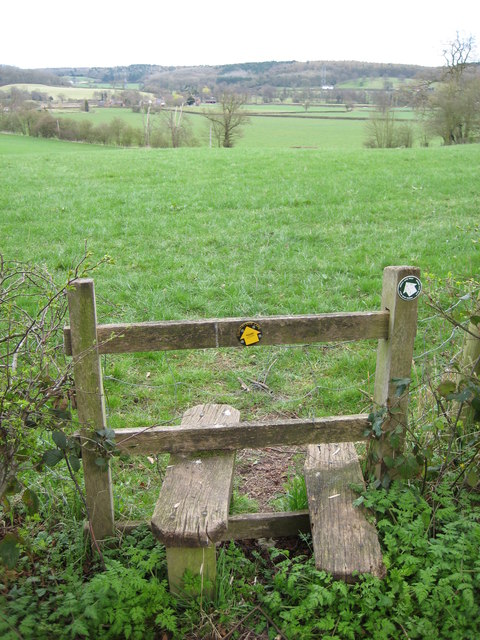 Footpath to Hoar Cross