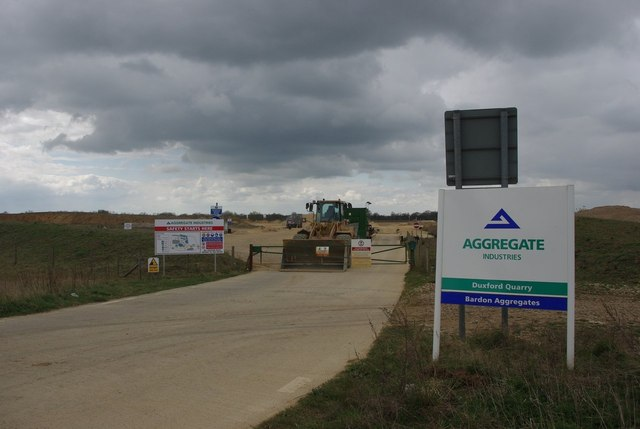 Entrance to Duxford Quarry
