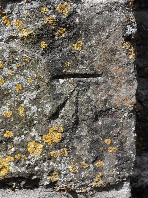 Benchmark at Eglwys Sant Tegfan, Llandegfan