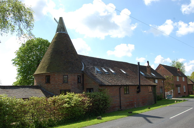 Oast at Brissenden Court, Brissenden Green Lane
