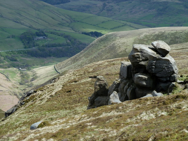 Rock formation below the Blackden Edge path (2)