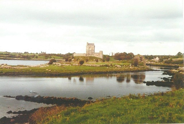 Dunguaire Castle in 1985