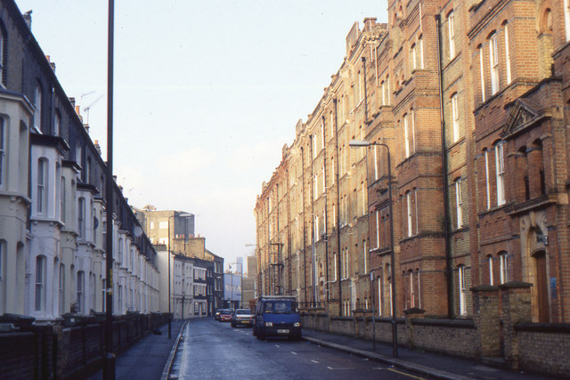 Elliott's Row, Elephant & Castle