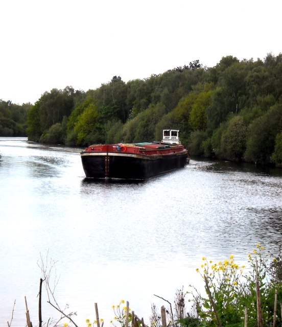 Empty Barge being pushed Downstream. (Part 1)