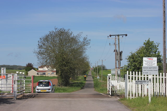 Mag Lane, Norwood Level Crossing