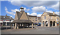 SP3509 : The Buttercross and Town Hall, Witney by Des Blenkinsopp