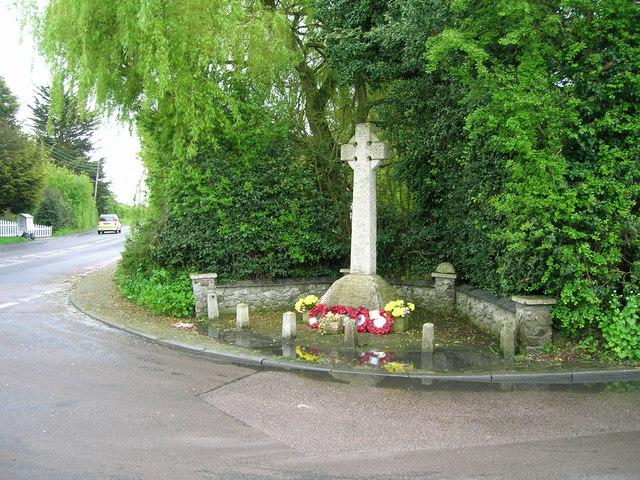 War Memorial, Weeley