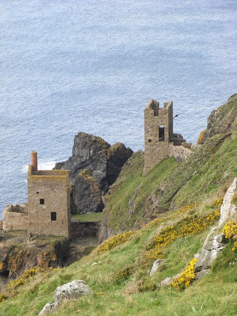 Botallack Mine - the Crowns engine houses
