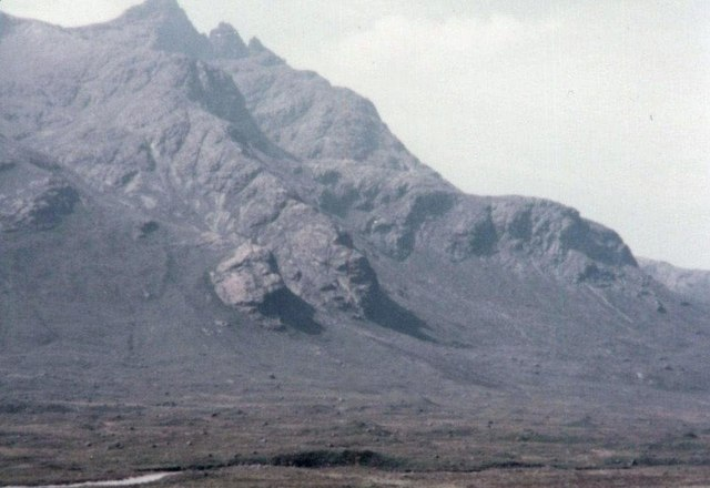 Sgurr nan Gillean from the Glen Sligachan path