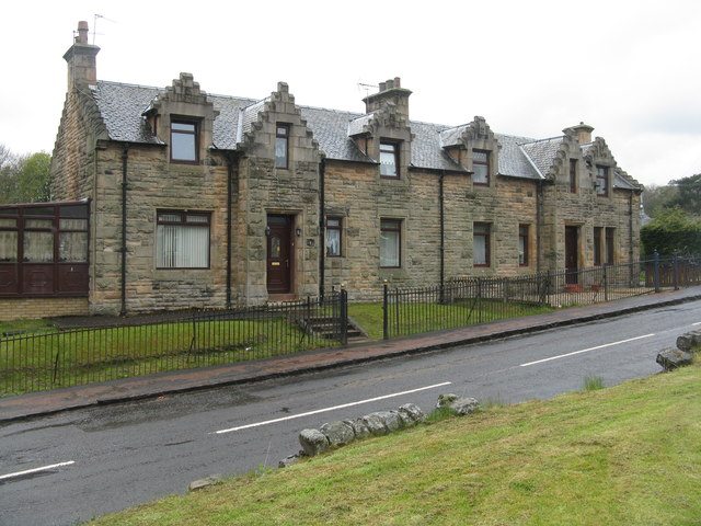 Houses on Hartwood Road