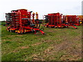 TL6450 : Farm machinery auction by Michael Trolove