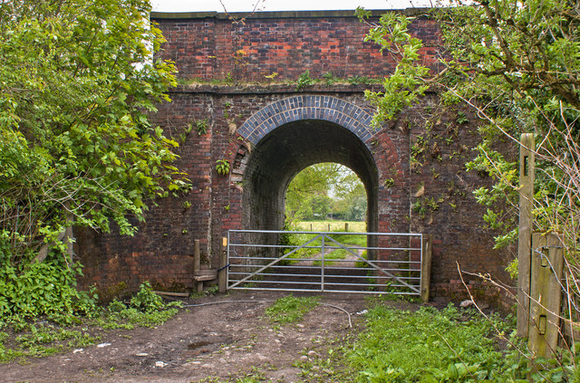 The Glazebrook Trail passes under the railway