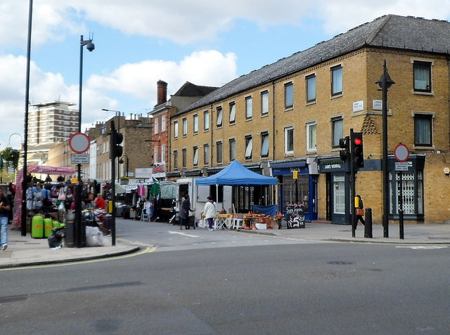 Outdoor market, Church Street, London NW8