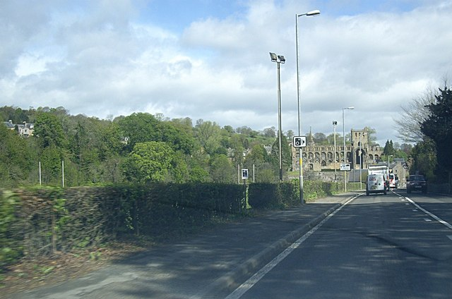 Entering Jedburgh from the south