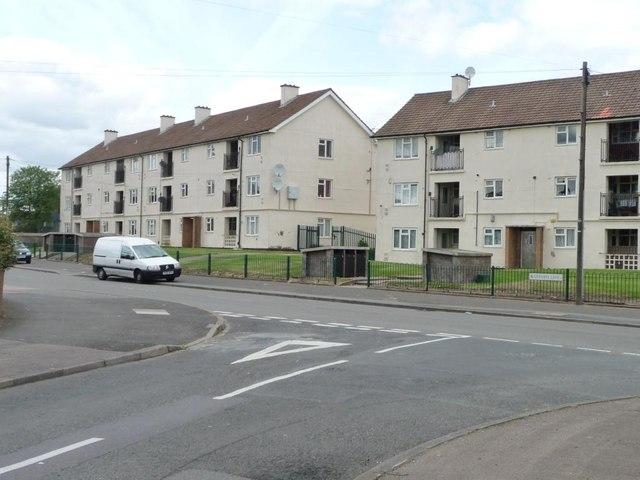 Flats in Gressel Lane