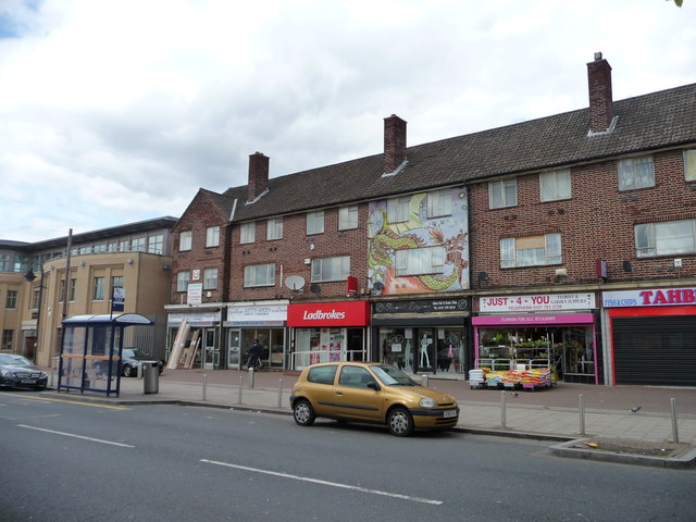 Parade of shops with flats above, Kitt's Green Road