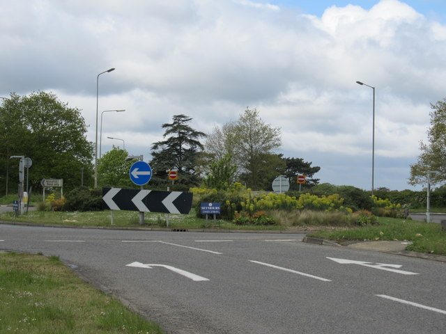 Burntcommon Roundabout, near Send