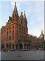TQ3082 : St Pancras Railway Station and Hotel by David Dixon