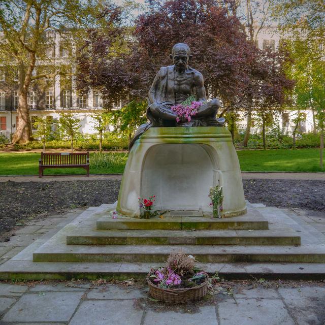 Statue of Mahatma Gandi in Tavistock Square Gardens