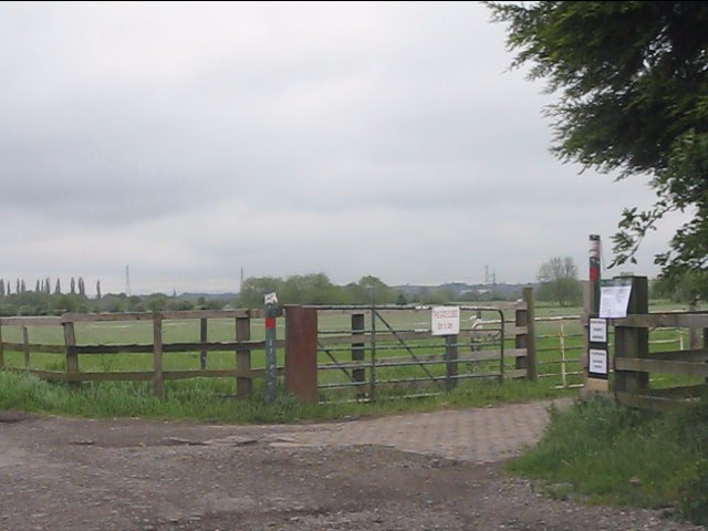 Gateway to the marina, Redhill Farm