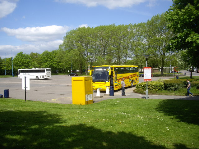 Bus park at London Gateway Services
