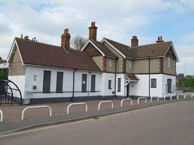 Burnham on Crouch railway station building