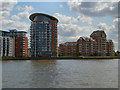 TQ3778 : River Thames, Isle of Dogs by David Dixon