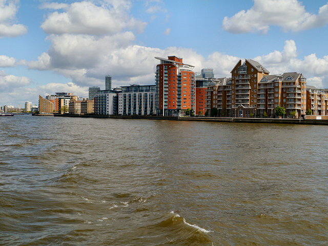Riverside Apartments, Isle of Dogs