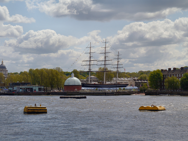 River Thames, Approaching Greenwich Pier