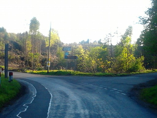 Canglour Glen, road junction