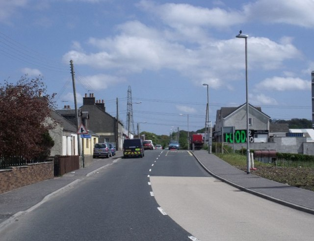 Mollinsburn, Main Road