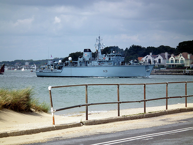 HMS Cattistock departs after a courtesy visit to Poole