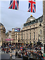 TQ2980 : Piccadilly Circus, London by David Dixon