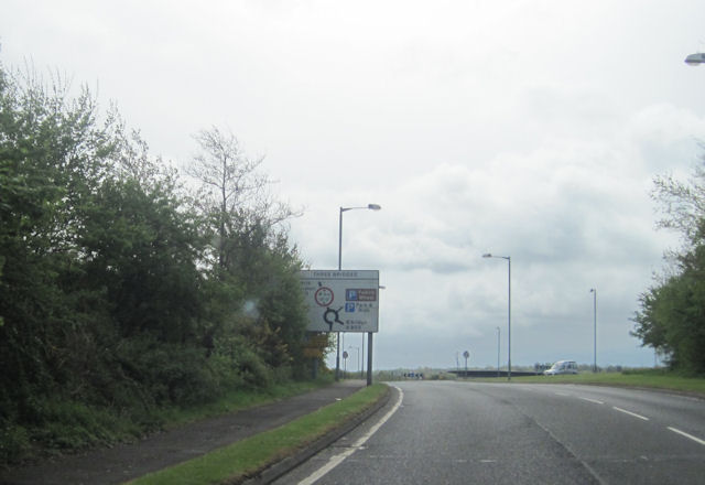 Approaching roundabout on A883 with A803