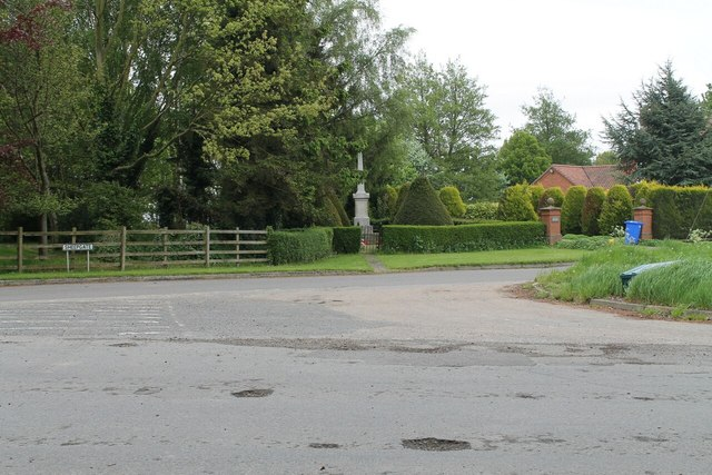 Sheepgate with War Memorial